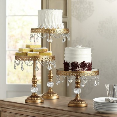 Cake and dessert display ware