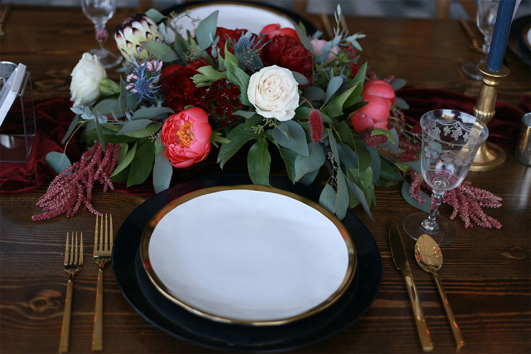 A luxurious wedding tablescape styled by Party Mood.